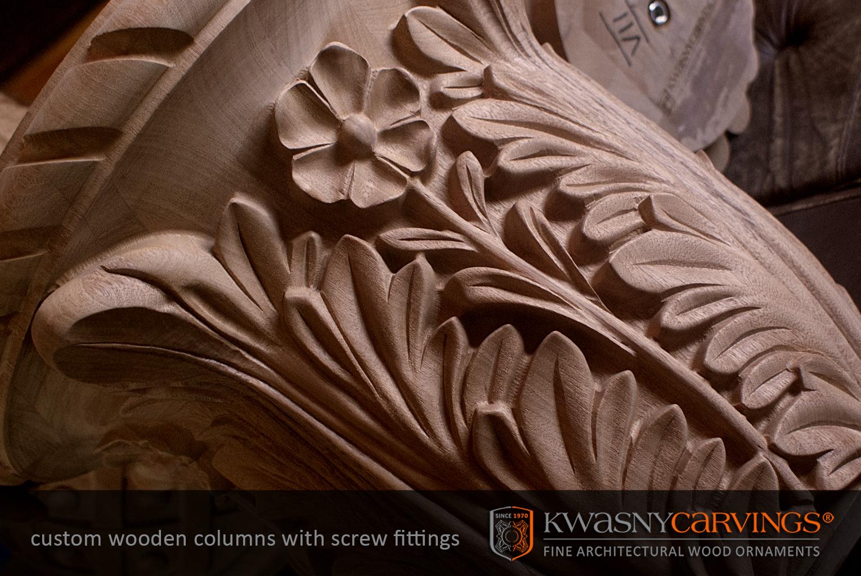 Chapiteaux de bois sculptés en ordres architecturaux, sur commande.